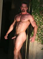 Muscle man Blake Nolanposing naked outdoors